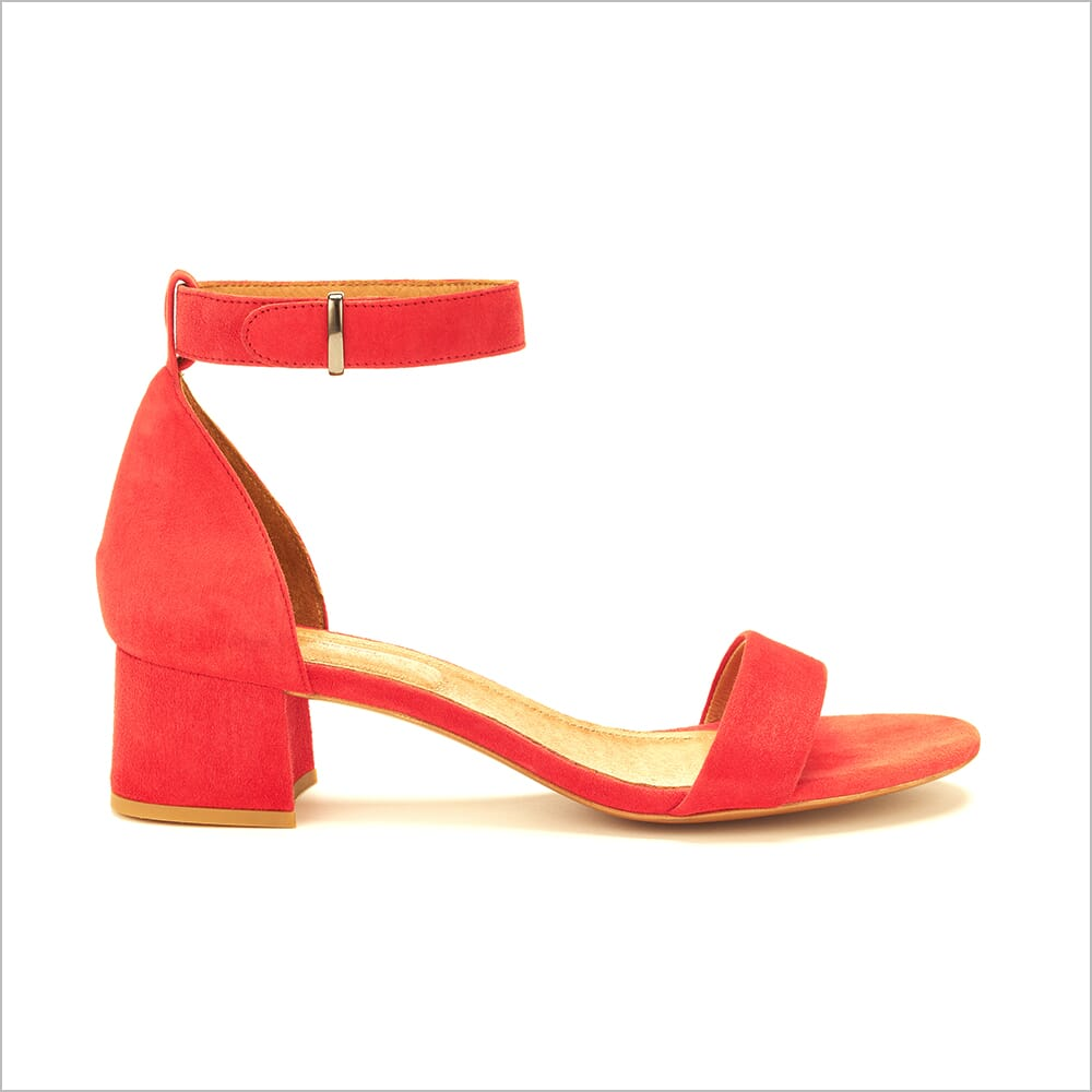 360 Product Photography for Fashion   360 Spins   Heels   Floating Ankle